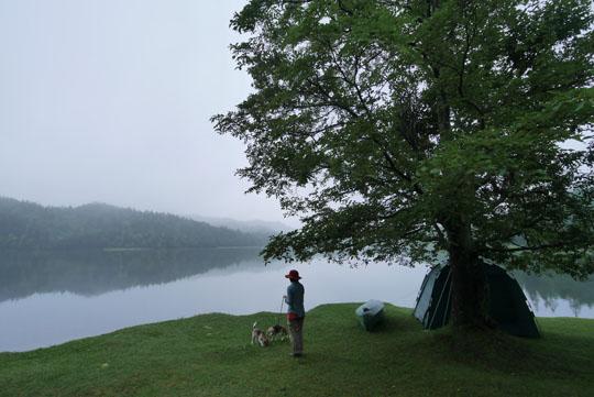 316朝靄の中のチミケップ