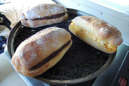 003朝食はパン
