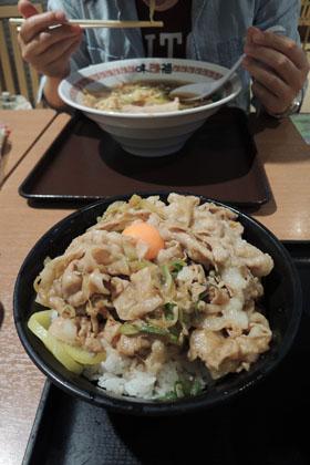001スタ丼とラーメン