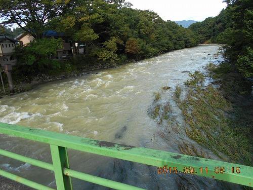 s-H270911那珂川様子 (2)