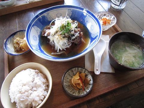 淡路牛の肉豆腐定食
