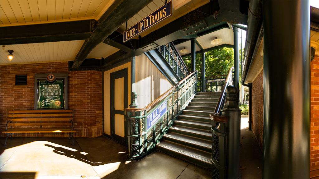 ノスタルジーなアメリカンウォーターフロント駅舎(ディズニーシー・エレクトリックレールウェイ)
