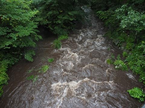 湯川増水150909