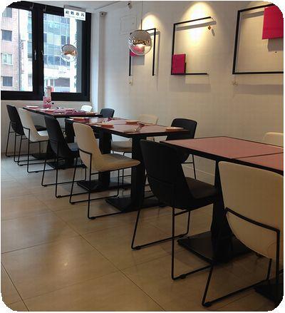 Avenir Cafe店内