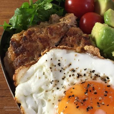 鴨肉ハンバーグのロコモコ丼弁当02