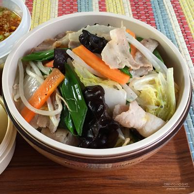 野菜炒め味噌ラーメン弁当02