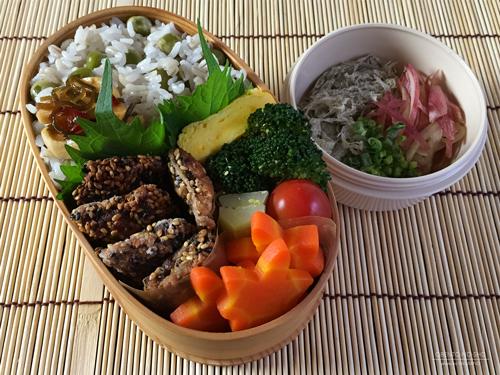 秋刀魚の胡麻揚げ弁当01