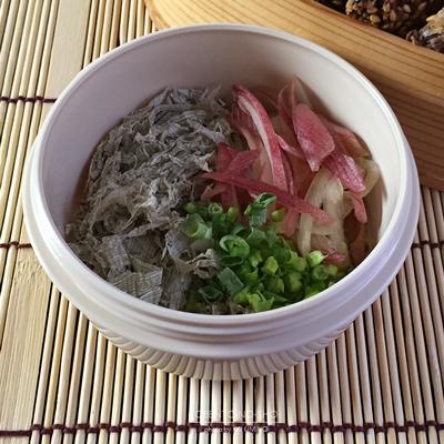 秋刀魚の胡麻揚げ弁当03