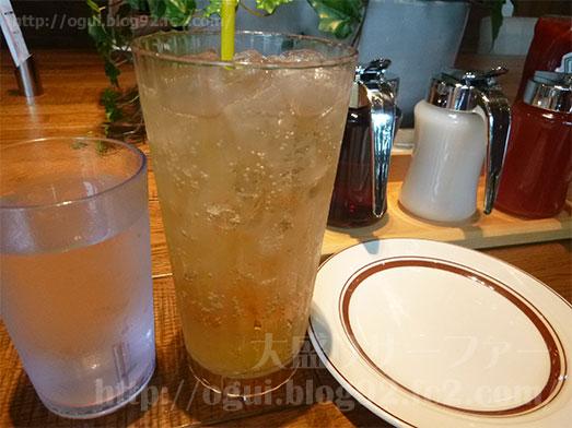 エッグスンシングス銀座店パイナップルパンケーキ050