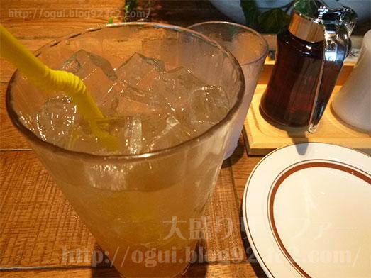 エッグスンシングス銀座店パイナップルパンケーキ051