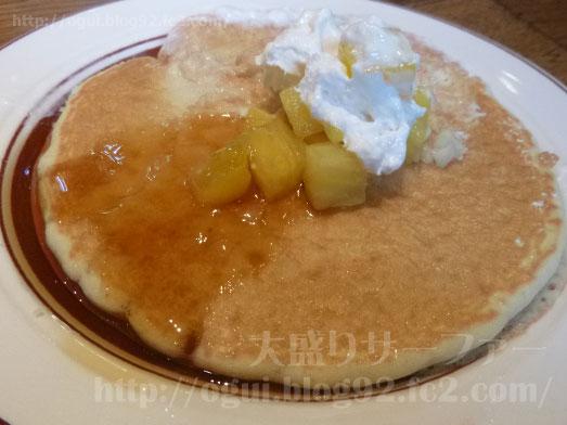エッグスンシングス銀座店パイナップルパンケーキ062