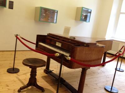 klavier400.jpg
