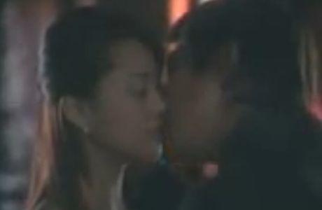 【観月ありさ】緊張しながらキスをするラブシーン