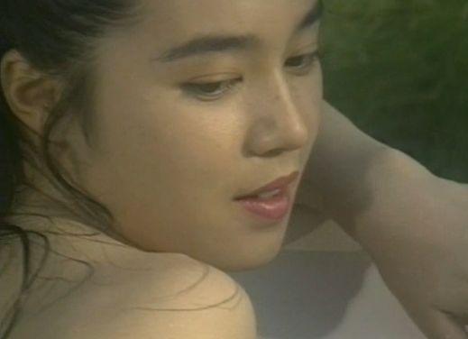【朝岡実嶺】美しさにうっとりする入浴シーン