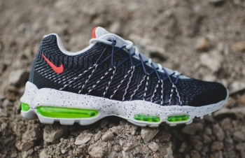 "Nike-Air-Max-95-Ultra-Moire-JCRD-""Night-Shade""-Now-Available-2-681x440"