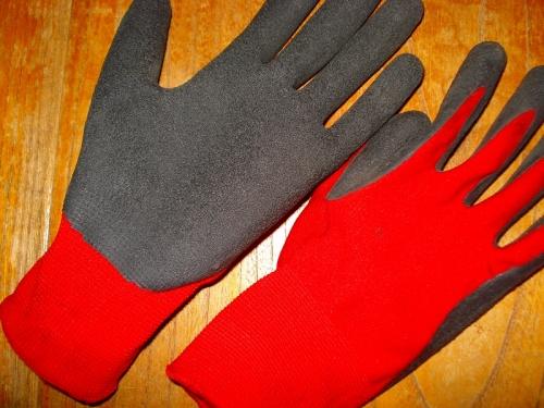 グリップのよい作業手袋