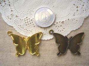 ミール皿:蝶2色