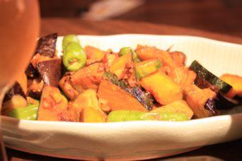 ナスとカボチャとししとうの味噌カレー炒め
