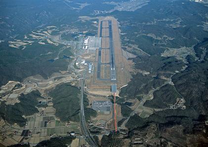 【広島ネタ】広島空港が糞な理由一覧wwwwwwwwwwwwwwwwww.JPG