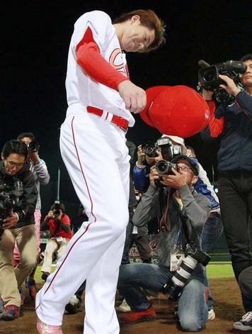 【カープ】広島ファン的に誤審と緒方采配&選手どっちに腹立つんや?