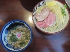 煮干中華そば つけめん 鈴蘭 新宿店【弐弐】-4