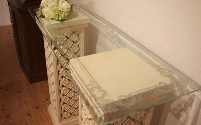 マントルピース 白家具 ディスプレイ棚