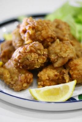 鶏もも肉のスパイス唐揚げ2
