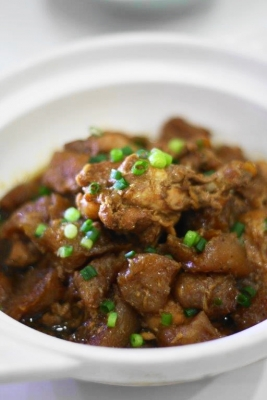 鶏手羽元とこんにゃくの酢醤油煮込み2