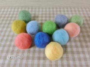 8月羊毛ボール