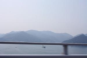 橋を渡って6