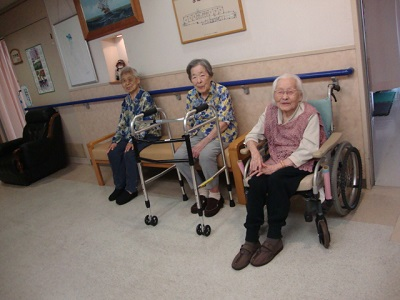 東京都 足立区 老人保健施設 千寿の郷 通所リハビリ 入所 利用者さんの作品 笑顔 癒し