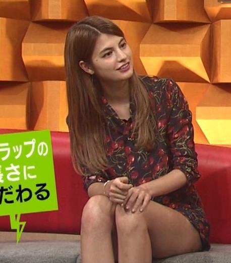 マギー 生足キャプ・エロ画像3