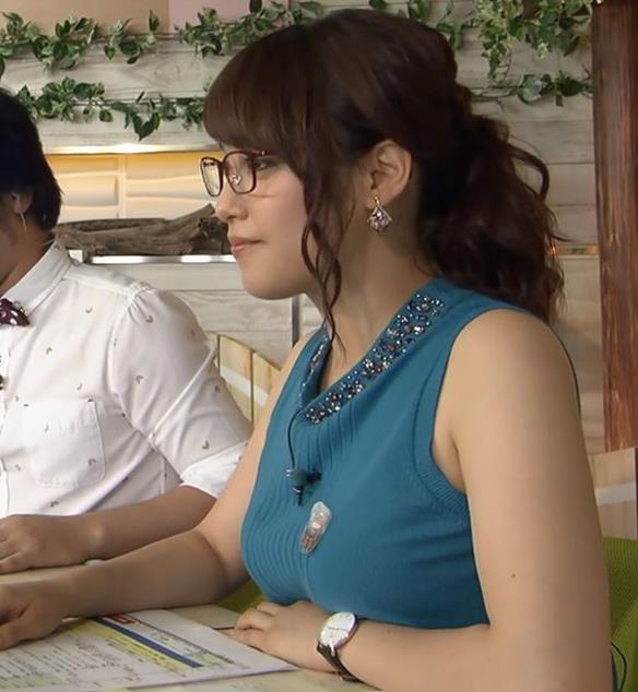 鷲見玲奈 ミニスカートキャプ・エロ画像2