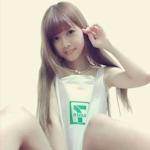 台湾で女の子がコンビニのビニール袋を着てる写真をアップするのが流行?