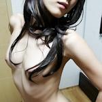 スレンダー微乳な韓国女性のヌード画像