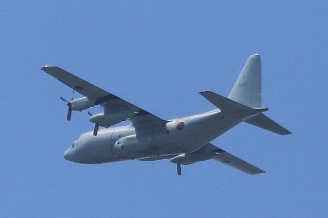 海上自衛隊 最新鋭哨戒機P-1