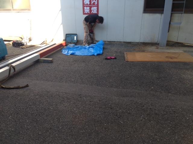 堀木工構内テント1