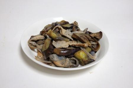 トンビマイタケとなすびの炒め煮