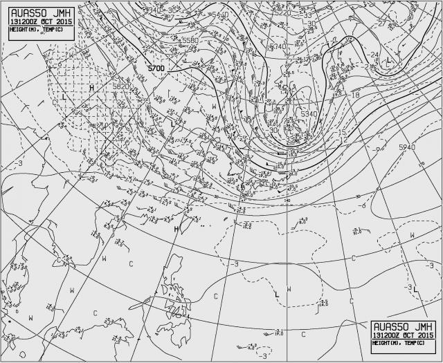 2015年10月13日21時の500hPa高層天気図