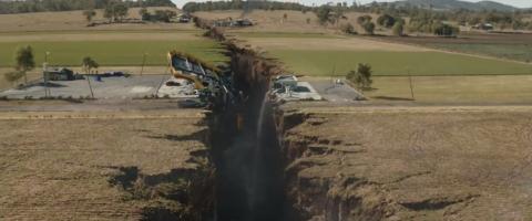 地震からの圧倒的に凶暴な映像「カリフォルニア・ダウン」