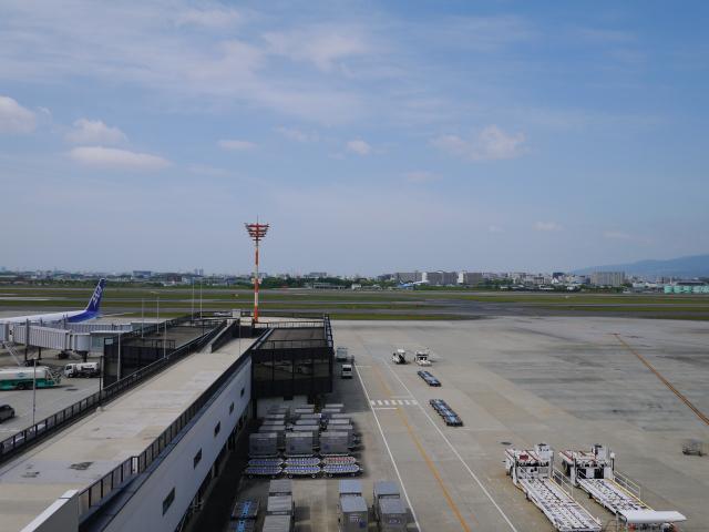 airport-001.jpg