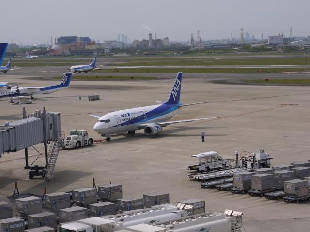 airport-002.jpg