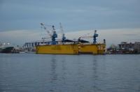 造船所浮きドック150816