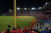 レアな桃園國際棒球場三塁側外野席151018