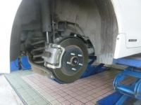 CT200h後輪ブレーキ151001