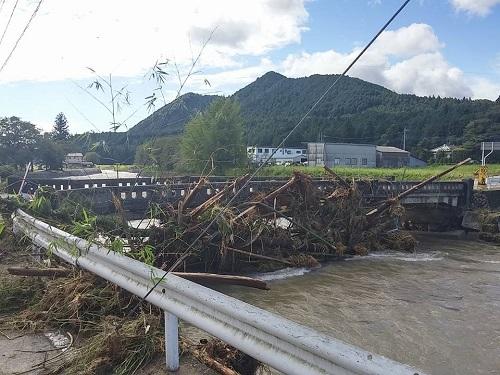 台風18号 災害<現地調査>!日光市小代地内 行川 赤行橋周辺②