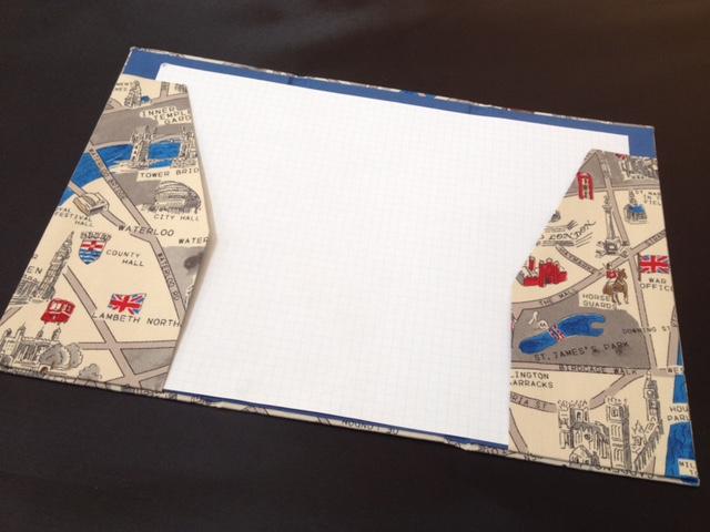 三つ折りファイル3