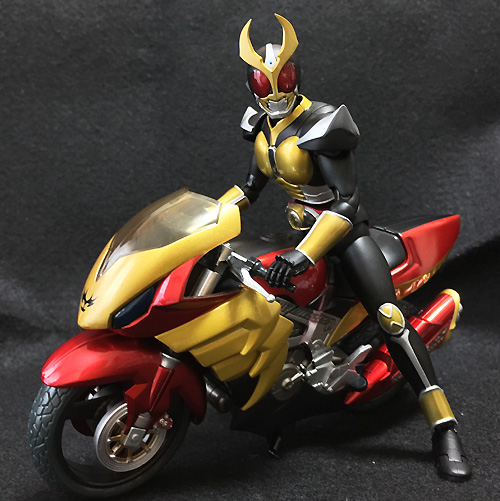 S.H.フィギュアーツ 仮面ライダーアギト グランドフォーム 約145mm ABS&PVC製 塗装済み可動フィギュア