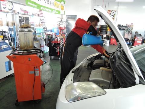 プリウスの洗車&オイル交換①