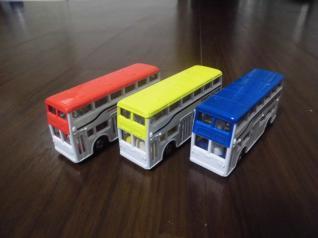 ロンドンバス3台